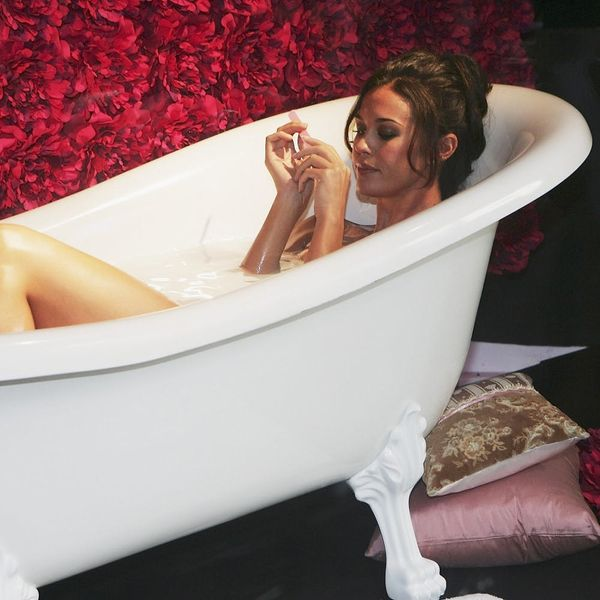 Taking a Hot Bath May Burn As Many Calories As a Run, But There's Something You Need to Know