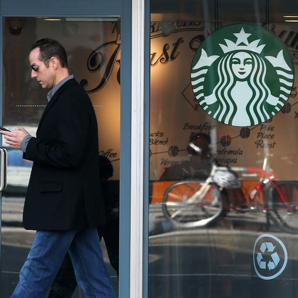 Love Giving the Gift of Coffee? Starbucks Will Start Offering Textable Gift Cards in the Near Future