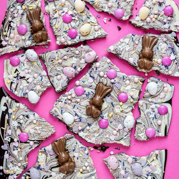 This Easter Chocolate Bark Recipe Is the Most Addictive Treat You Will Ever Make!