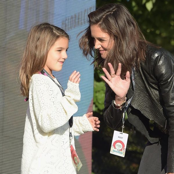 Suri Cruise Looks Just Like Mom Katie Holmes in This Photo