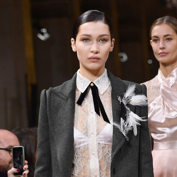 Bella Hadid Looks Unrecognizable in This Super Curly Hairstyle