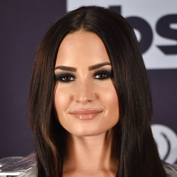 Demi Lovato Just Got the Spring Hair Chop of Your Dreams