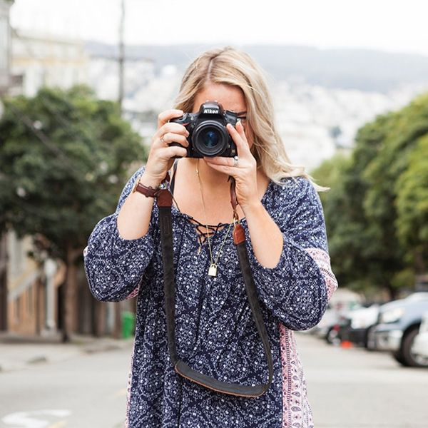 A Beginner Photography Class That Has All The DSLR Camera Pro Tips You'll Need