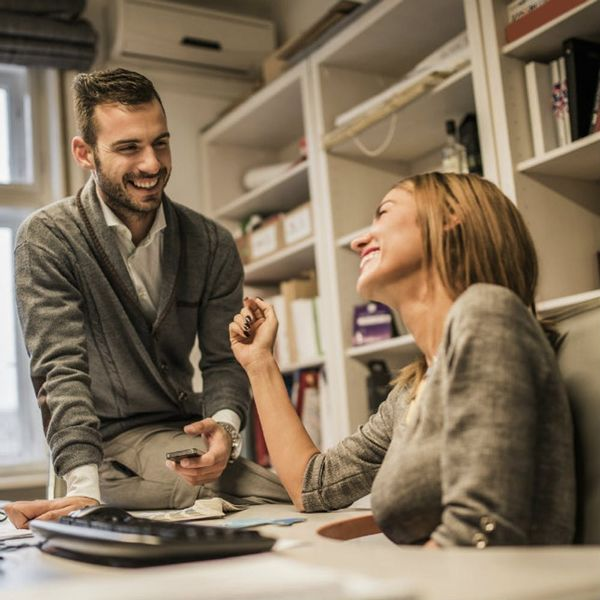 This Study Shows Workplace Romance Is Alive and Well