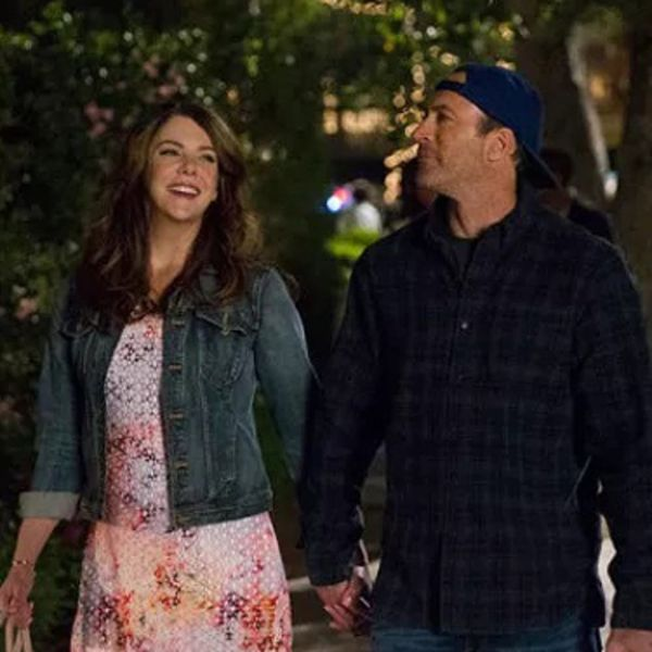The Gilmore Girls Have Given Us a MAJOR Peek Into Their Return