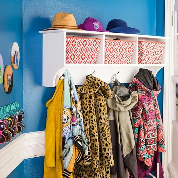 Spring Cleaning 101: 10 Things to Toss from Your Entryway NOW