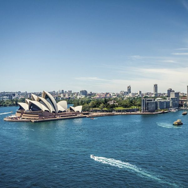 Why NOW Is the Time to Go to Australia If You're on a Budget