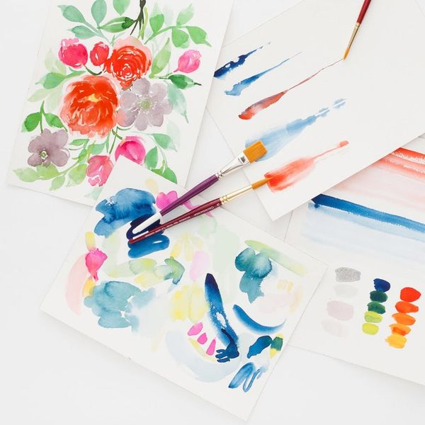 10 Creative Classes to Give Mom for Mother's Day