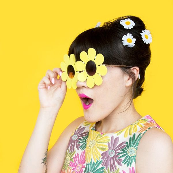 These DIY Daisy Sunglasses Will Have You Ready for Spring