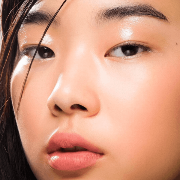 Why Lid Gloss Is the Instagram Beauty Trend You Need to Try