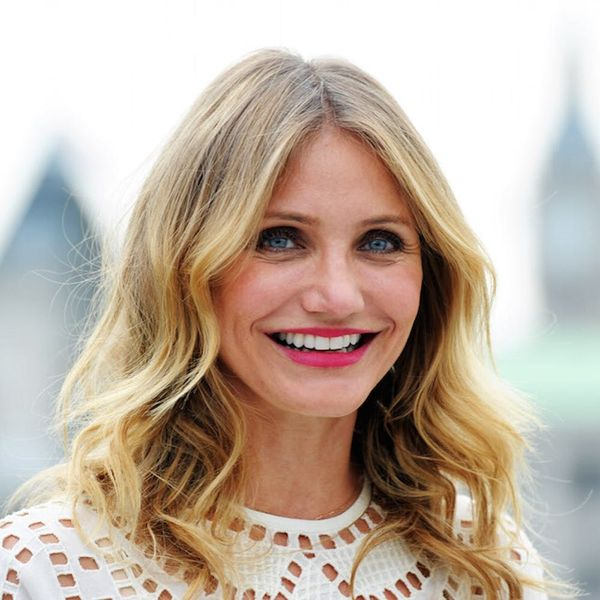 Morning Buzz! Cameron Diaz's Totally Makeup-Free Selfie Comes With an Important Message + More