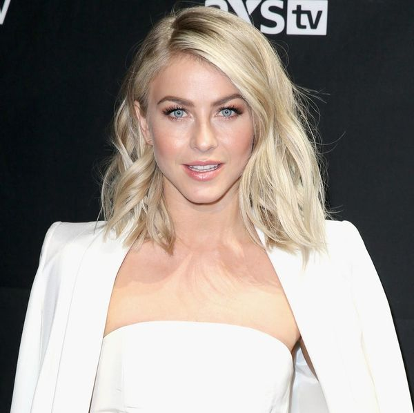 Julianne Hough Just Brought Back Your Mom's Fave '90s Hair Trend