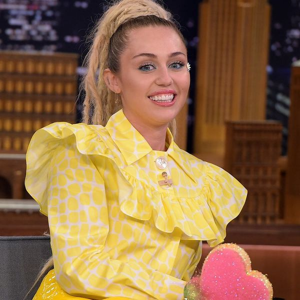 Miley Cyrus Just Got the Most '70s Inspired Haircut Ever