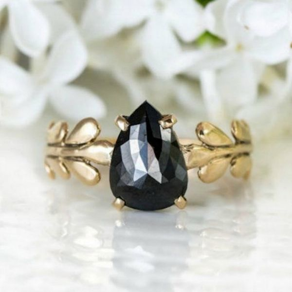 Non-Traditional Engagement Rings Driving Us Totally Pin-Happy