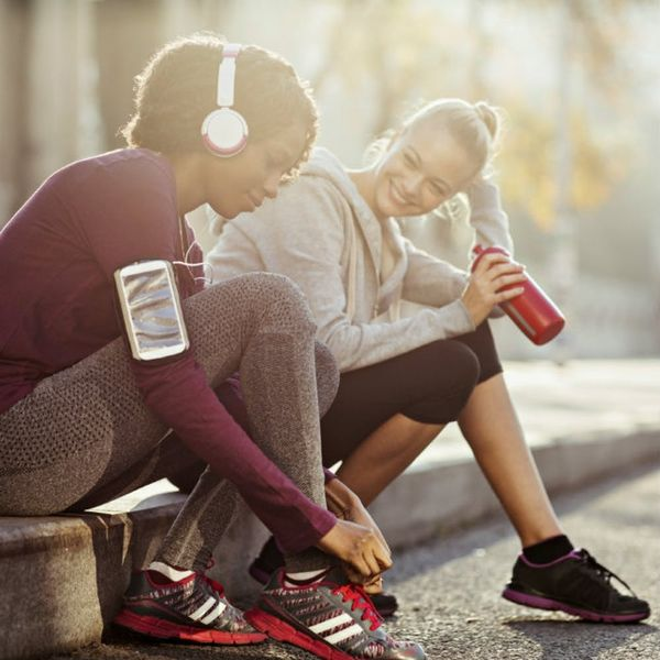7 YouTube Workouts You Can Do With a Friend