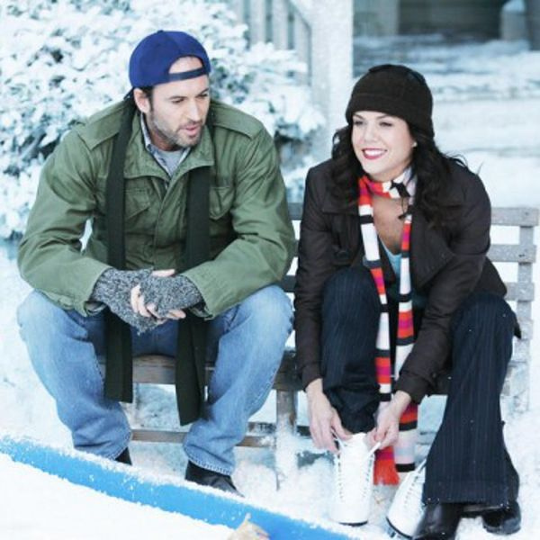 These Behind-the-Scenes Gilmore Girls Pics Are Giving Us Some Super Exciting Hints
