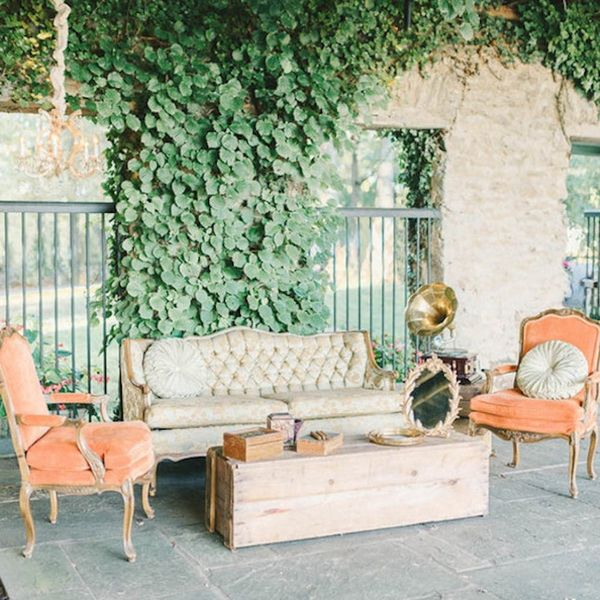 12 Wedding Cocktail Lounges for Your Big Day