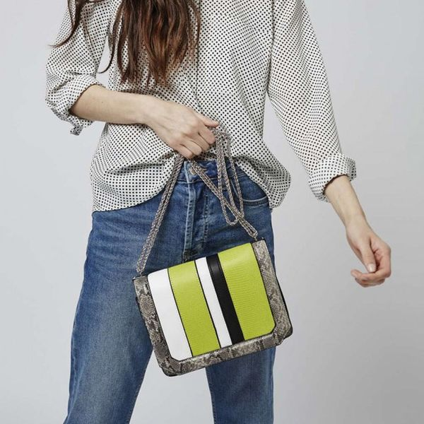 21 Trendy New Bags to Dress Up Your Spring Outfit