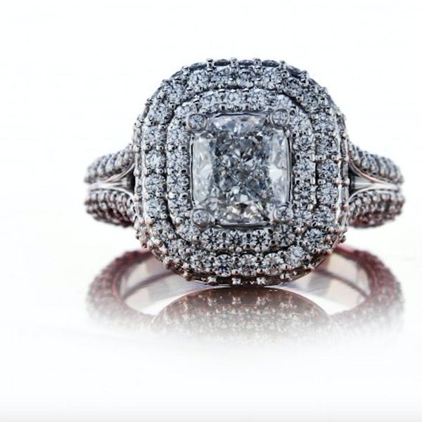 The 5 Things You Need to Know Before Choosing That Diamond Engagement Ring