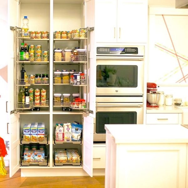 Spring Cleaning 101: 7 Things to Toss from Your Pantry NOW
