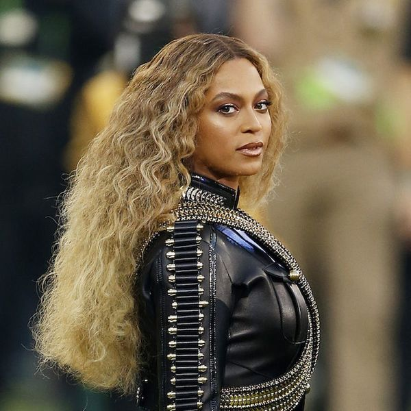 Morning Buzz! Beyoncé Shares the ONE Book You Should Read in Rare Interview + More