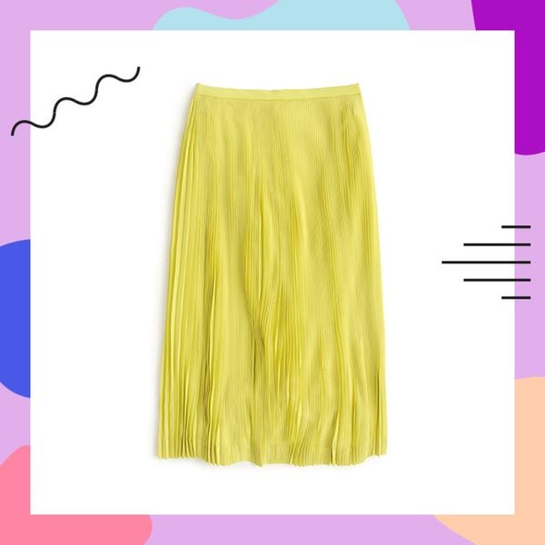 3 Outfits That Prove a Midi Skirt Is Perfect for Spring