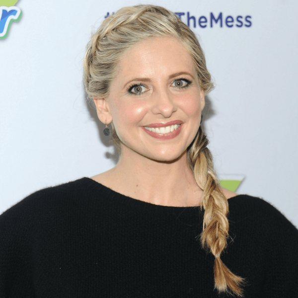 Sarah Michelle Gellar's Dramatic Hair Color Change Is a Cruel Intentions Throwback