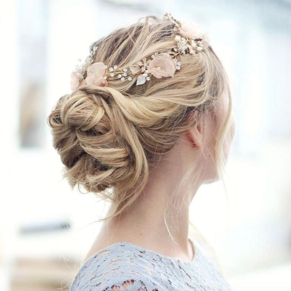 14 Pretty Chignons That Will Make Your Easter Sunday Outfit