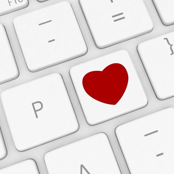 This Surprising Number of Online Daters Runs Background Checks on Their Dates