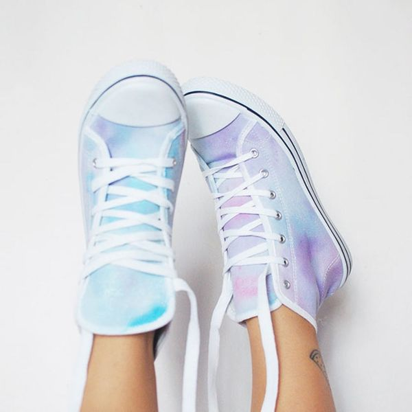 How to Upgrade Boring White Sneakers With Watercolor
