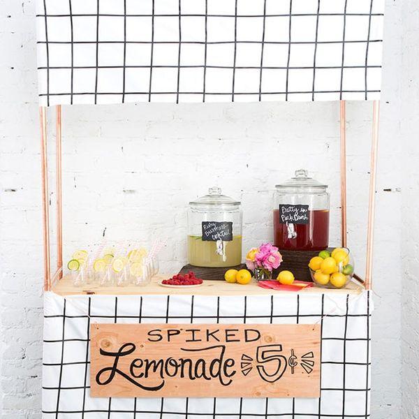Make a DIY Spiked Lemonade Stand for Your Wedding Bar
