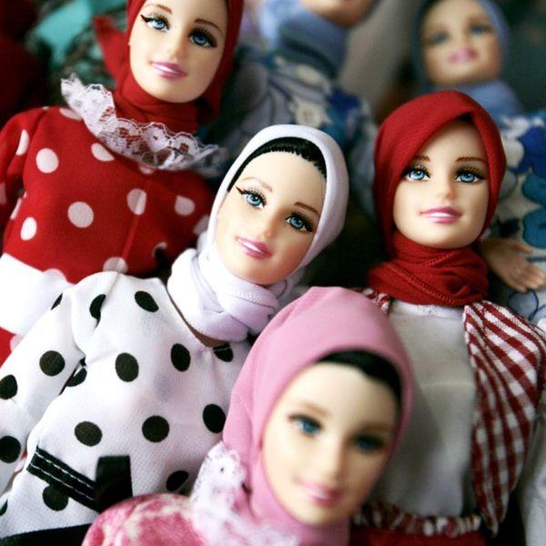 You Need to Follow Instagram's Hijab Barbie Account
