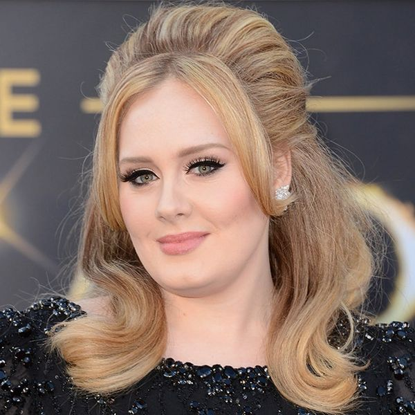 You Only Need 9 Beauty Products to Achieve Adele's Flawless Makeup