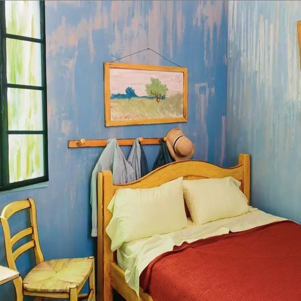 You Can Airbnb This Bedroom Replica of a Van Gogh Painting
