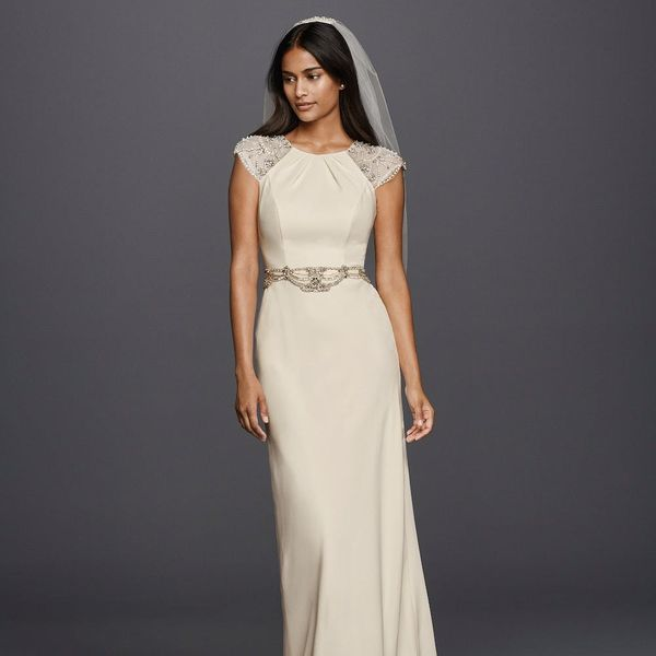 Jenny Packham's Latest Collab With David's Bridal Is What Wedding Dress Dreams Are Made Of