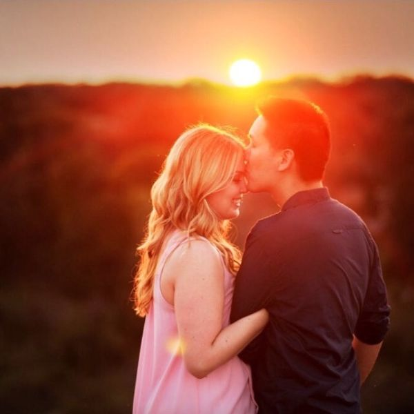 5 Married Couples Who Met Online Share Their Sweet (and Awesome) Stories