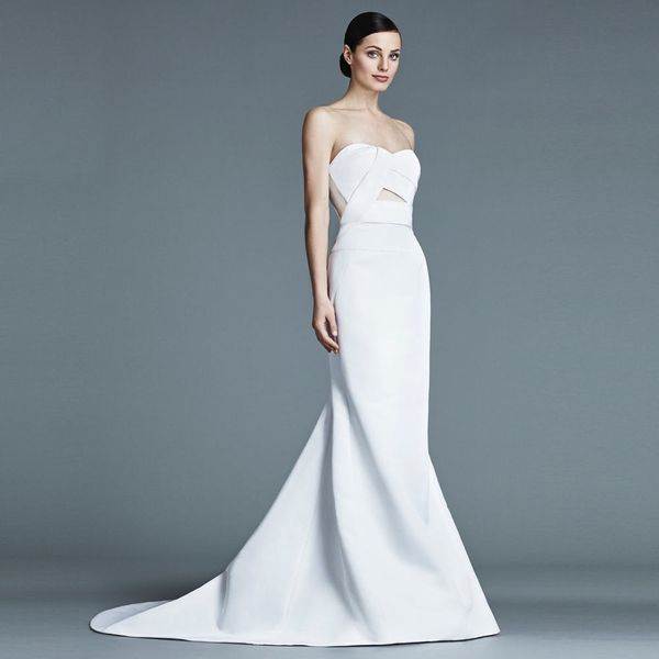 13 Mermaid Wedding Dresses Modern Brides Will Love