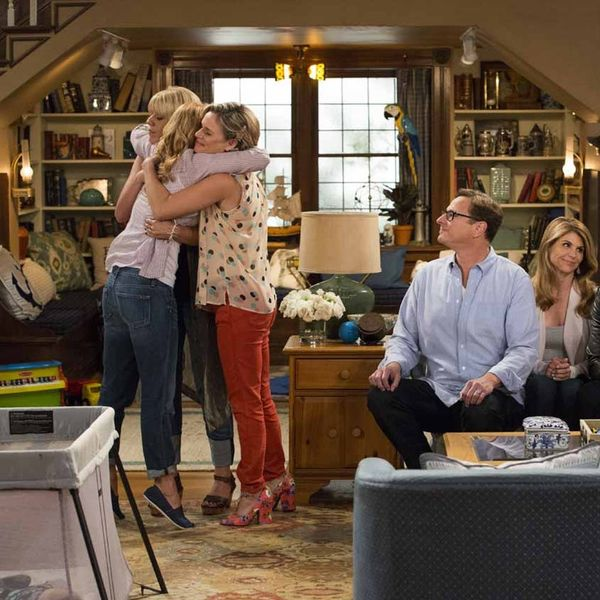 The First Trailer for Fuller House Will Hit You RIGHT in the Feels