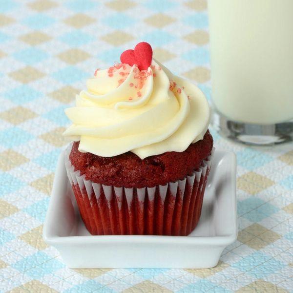 Red Velvet Cake — The Devil's Food Is in the Details