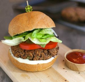 How To Make Veggie Burgers For Your Super Bowl Party Brit Co