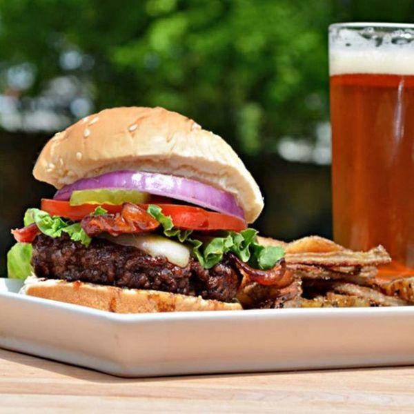 13 Copycat Burger Recipes You Can Easily Make at Home