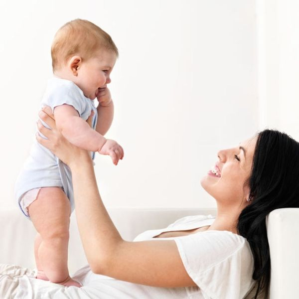 5 Easy Ways to Hold Your Baby to Help Them Get Stronger