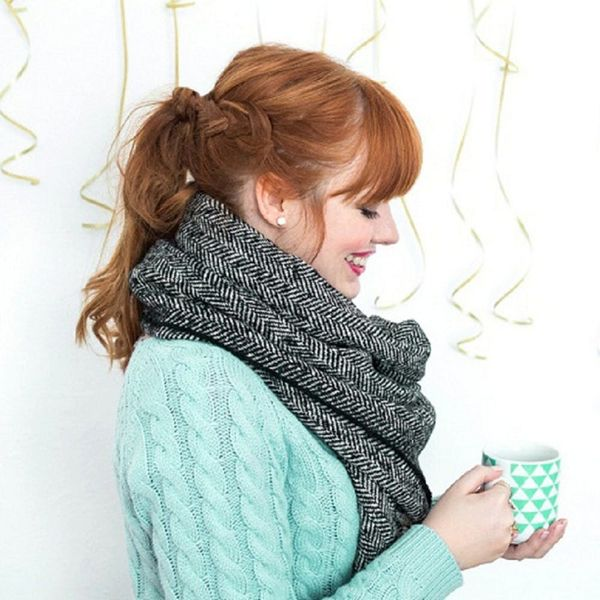 How to Make This Easy No-Sew Blanket Scarf