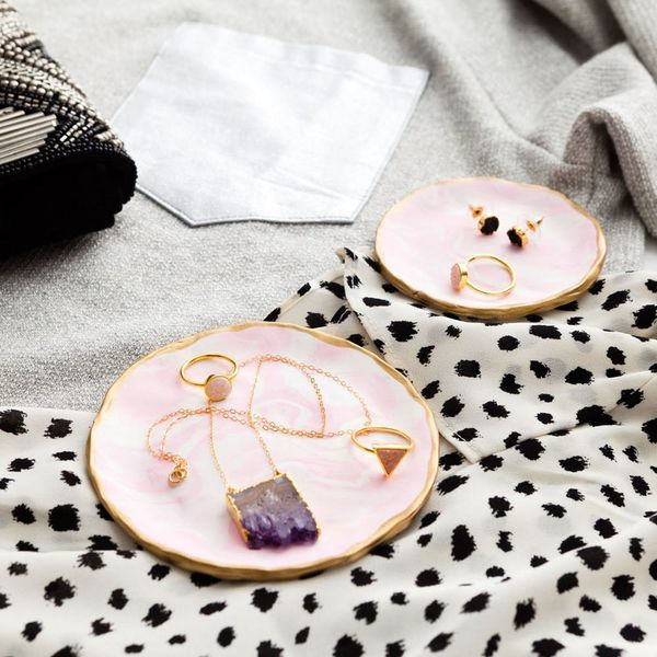 Re-Organize Your Jewelry Collection With These DIY Marble Trays