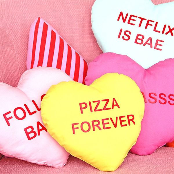 How to Make Conversation Heart Pillows for Galentine's Day