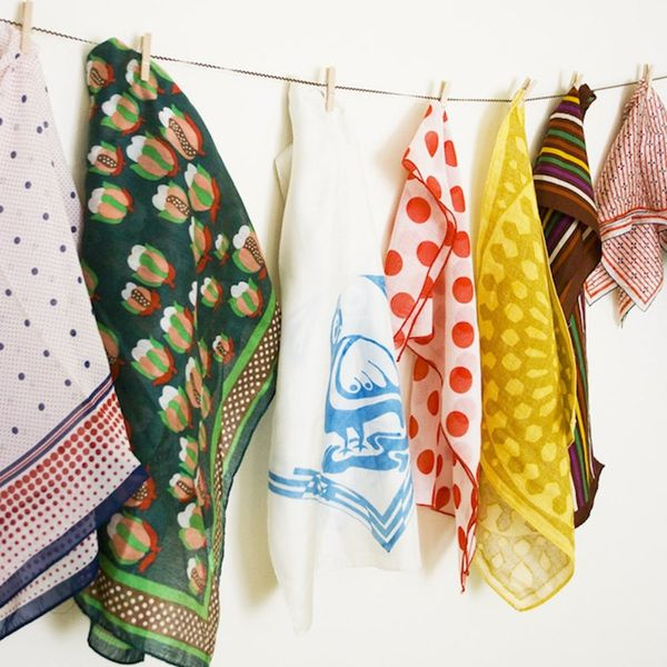 10 Space Saving Tips for the Girl With Too Many Scarves