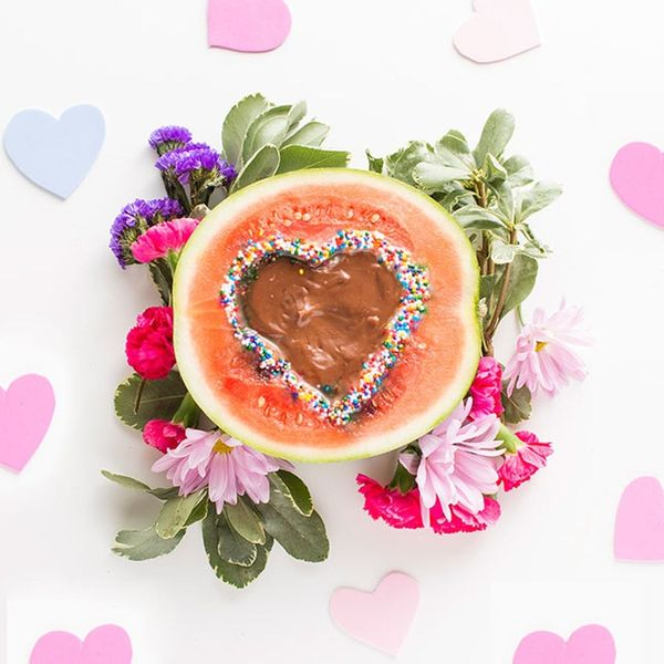 How to Make Sweet Fruit Dip for Your Valentine's Day Party