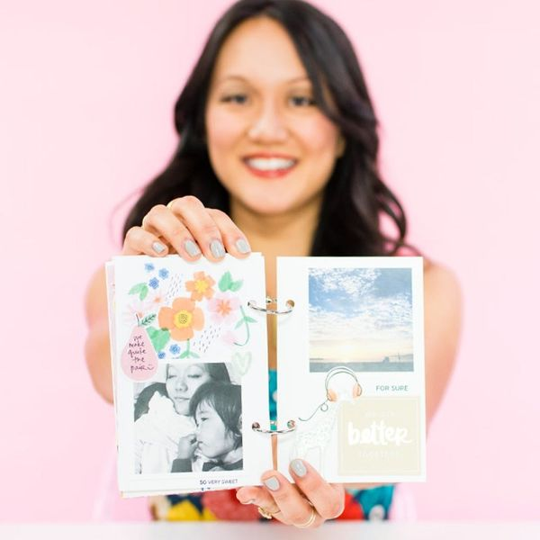 How to Create a Mini Photo Book With Your Favorite Pics from 2015