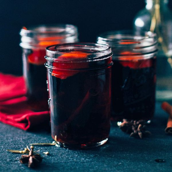 How to Make the Best Cold Weather Drink With Just 5 Ingredients