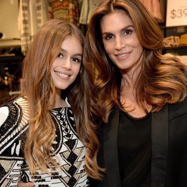 Cindy Crawford and Her Daughter DIY on Rainy Days — Just Like You!
